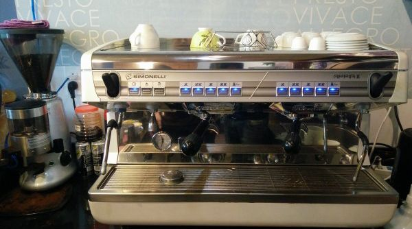 cho-thue-may-pha-ca-phe-espresso-gia-re-tphcm
